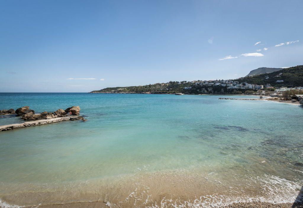 rent a villa in Crete- Beachshore Villas in Crete- Pafos- IKE