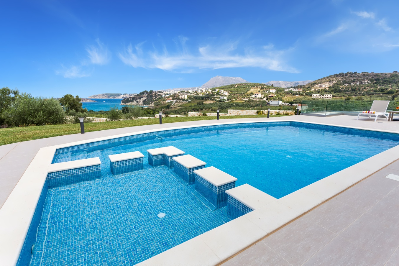 Rent a villa in Chania: Our top 2 villages to stay for vacation.